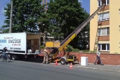 Anbringung eines Außenaufzugs zum Möbeltransport